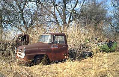 side view of 1958 IH one ton truck
