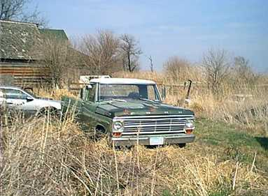 Old Green II My 1969 Ford F100 Pickup at work hauling cars