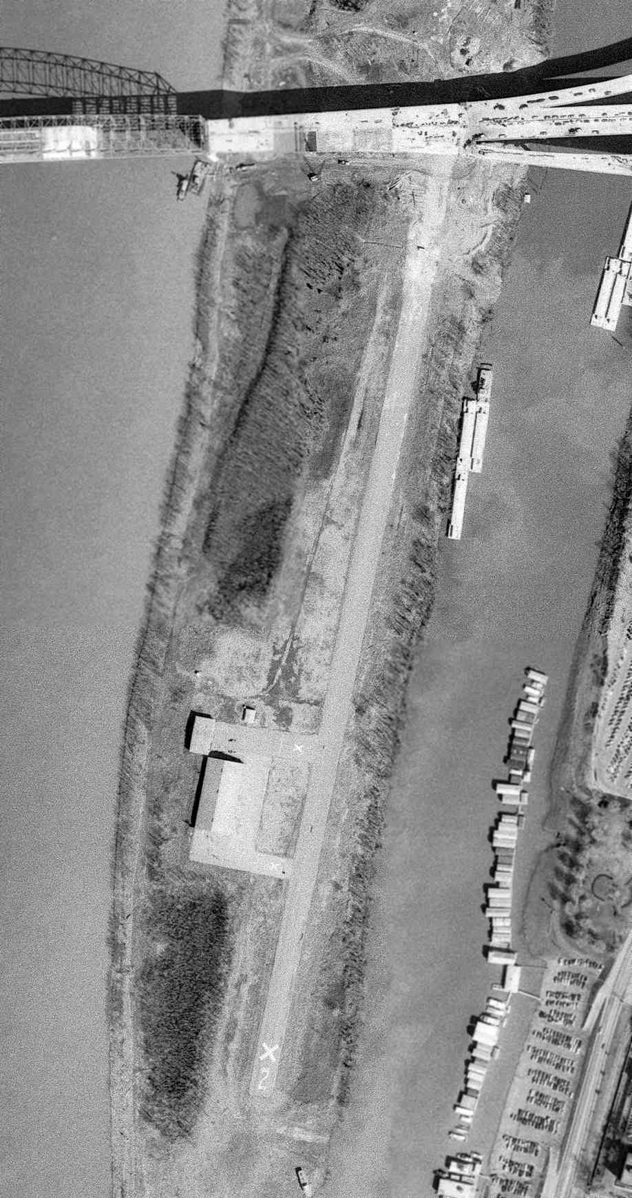 a81164a609c The last depiction which has been located of Mud Island Airport was on a  3 8 73 USGS aerial view.