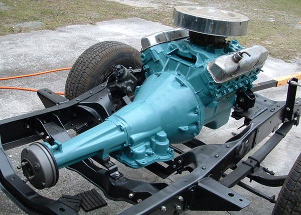 Engine on Awesome Dodge Dakota