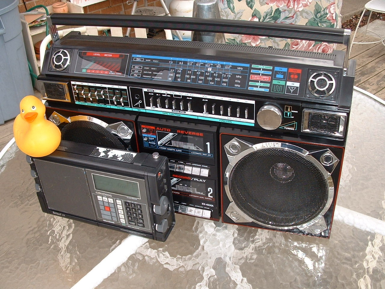 BOOMBOX, GHETTO BLASTERS AND BFR's =Big Freakin' Radios
