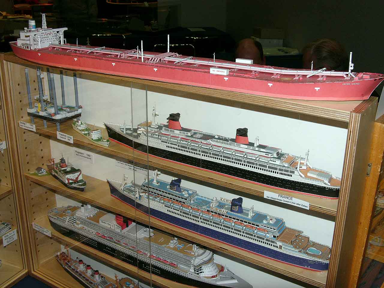 the gallery for gt jahre viking dry dock
