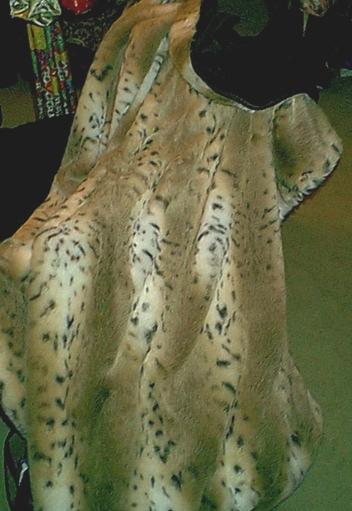 Lynx lap robe