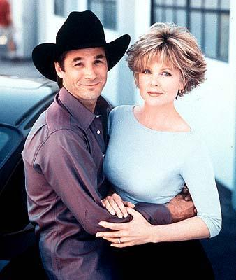 Clnt and his wife lisa hartman black have had two children for Clint black and lisa hartman wedding pictures