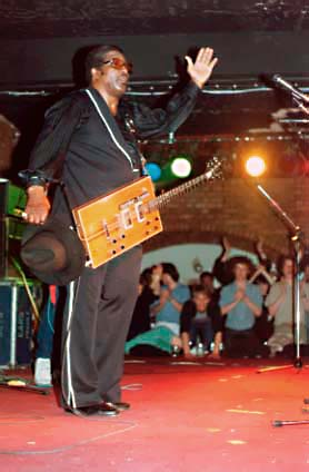 Bo Diddley onstage