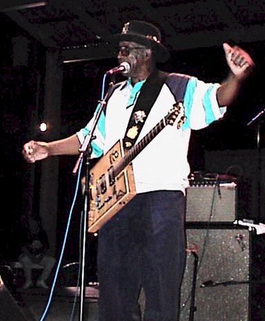 Bo Diddley in concert in Texas