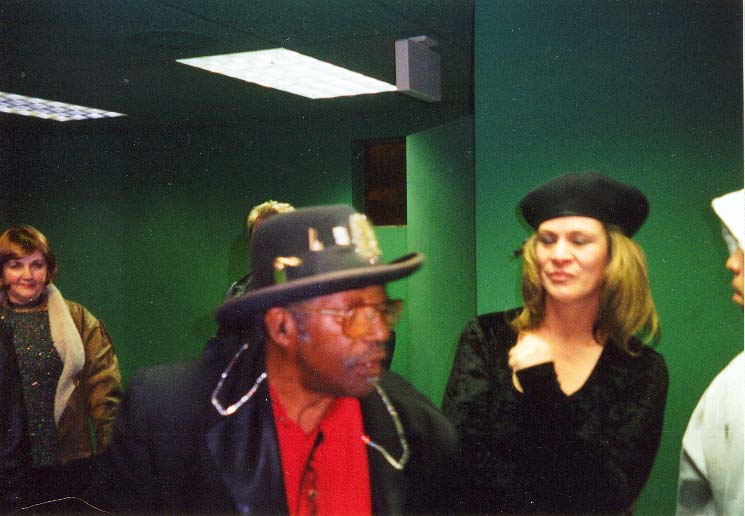 {Bo Diddley backstage}