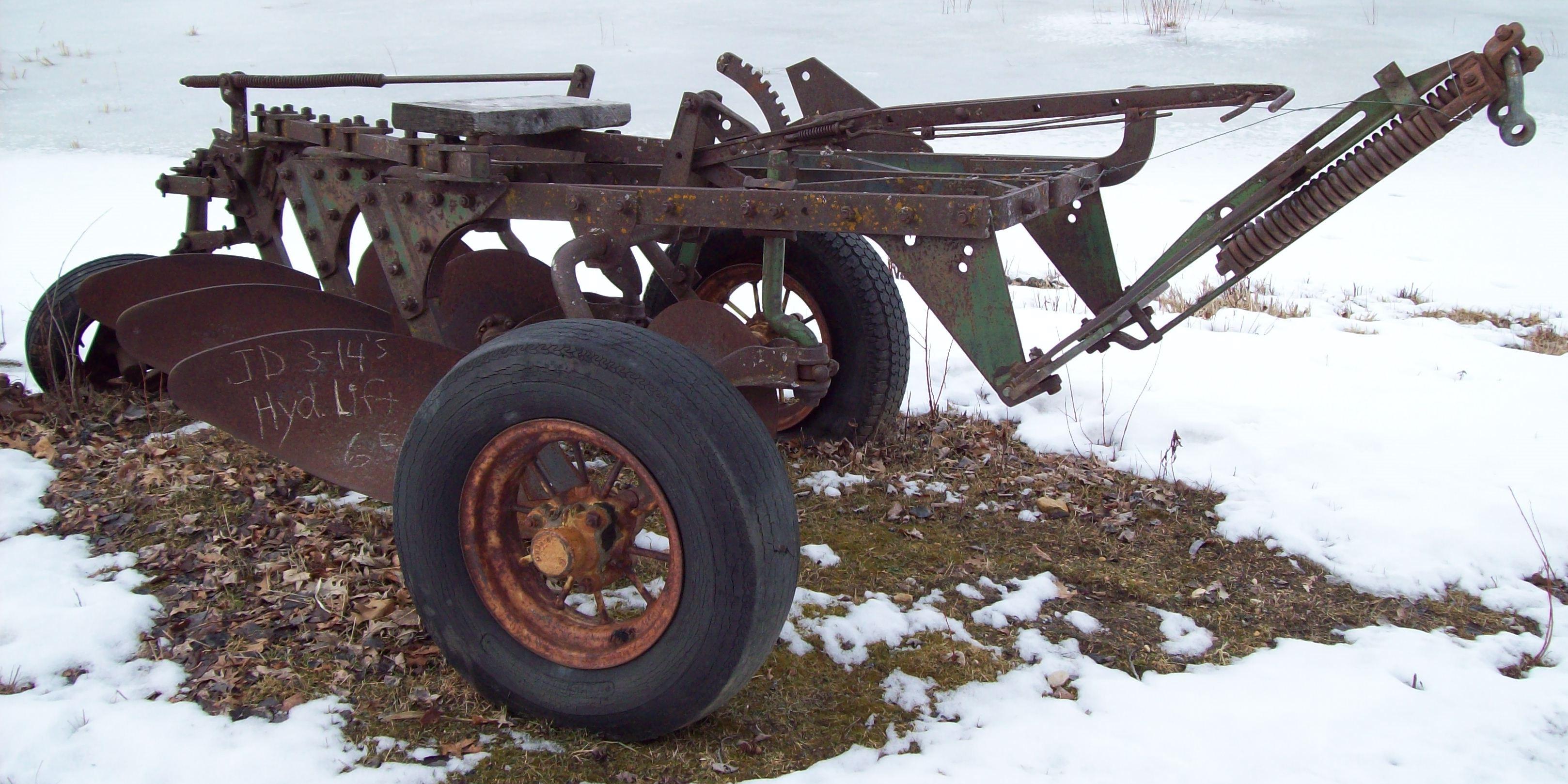Jd three bottom pull type plow will
