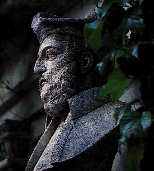 a brief biography of nostradamus michel de nostredame Biography of nostradamus the renowned prophet nostradamus (michel de nostradame) was born on december 14,  michel de nostredame, dit nostradamus,.